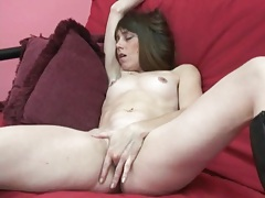 Solo milf in leather boots masturbates tubes