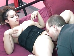 Blowjob from a cute curvy girl tubes