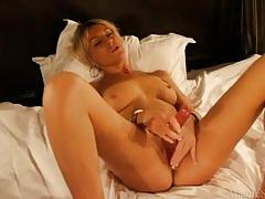 Glamorous and sexy blonde milf masturbates tubes