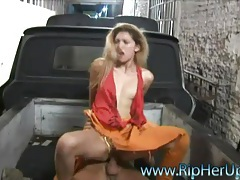 Mechanic fucks this hot slut roughly tubes