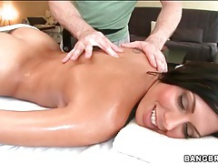 Rachel Starr sensually rubbed down by oiled hands tubes