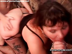 Fat ass and swinging tits on mature getting laid tubes