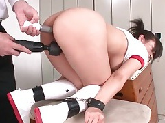 Double toy takes her ass and pussy at once tubes
