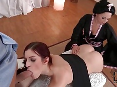 Cock sucked by a pair of total beauties tubes