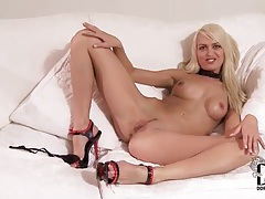 Long blonde hair on a small titty girl tubes