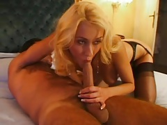 Her hot lips give head to a big cock lustily tubes