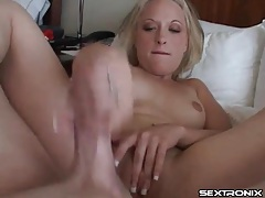 Handjob blowjob combo from skinny girl gets facial tubes
