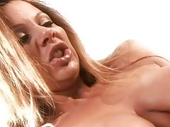 Erotic bathtub sex with a pair of hot lesbians tubes