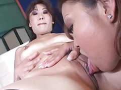Close up Asian cunt licking in sexy threesome tubes