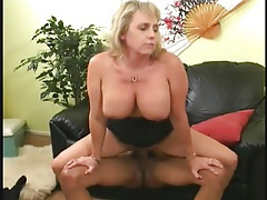 Curvy mom in black lingerie fucked in the vagina tubes