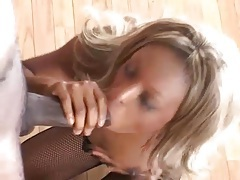 Ebony sex scene takes an adventure to her ass tubes