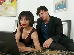 He convinces chick to suck on his hard dick tubes
