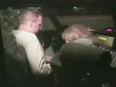 Taxi driver gets his cock sucked in the car tubes