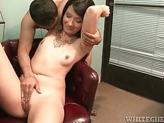 He fucks her armpit and her hot pussy tubes