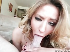 She slobbers all over his heavy balls tubes