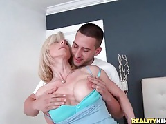 Milf is horny for his hands all over her tight body tubes