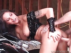 Biker slut in latex clothes fucked from behind tubes