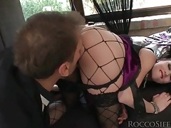 Goth style is sexy on this girl toying her ass tubes
