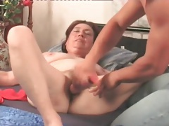Mature hardcore makes her hairy pussy happy tubes