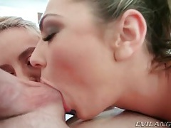 Nut and cock sucking sluts in threesome tubes