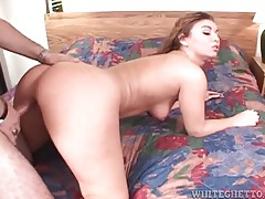 Hottie rides a boner and sucks cock in hotel room tubes