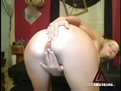 Tight body and big tits on masturbating camgirl tubes