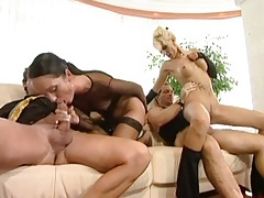 Two sluts with wicked hot bodies in foursome tubes
