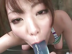 Cutie in a bikini makes an erotic japanese porn video tubes