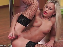 Solo blonde in red lipstick and black fishnets tube