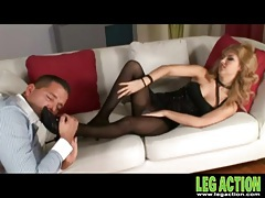 Her gorgeous legs in black pantyhose give a footjob tubes