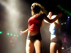 Sexy night club dancing features hot chicks tubes