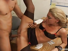 Office whore stripped to lingerie for anal sex tubes