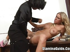 Hot blonde  got a huge cock on her face tubes