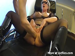 Blond milf fist fucked in her insatiable vagina tubes