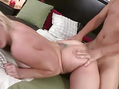 Cumshot on the tramp stamp of a sexy blonde tubes