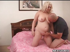 Chubby blonde fondles boobs and loves to finger tubes