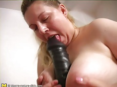 Fat girl has naughty fun with her dildos tubes