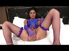 Masturbating with beautiful shemale in corset tubes
