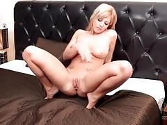 Curvy pierced girl finger bangs her twat tubes
