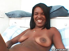 Natural boobs black chick gives a sexy blowjob tubes