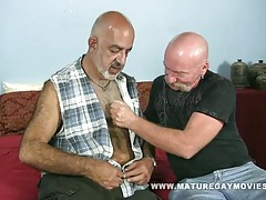 2 mature guys fuck and suck tubes