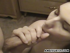 Cute amateur girlfriend sucks and fucks with cumshot tubes