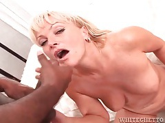 Black dicks shoot jizz on the faces of white girls tubes