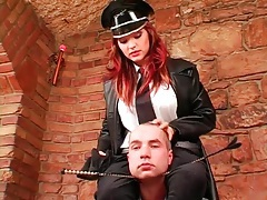 Prisoner and his stunning mistress boot play tubes