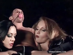 Gagged guy blown by two beautiful women tubes