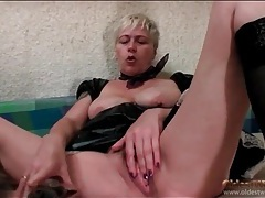 French maid outfit on a sexy mature chick tubes