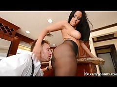 Luna star in sheer pantyhose sucks a dick tubes
