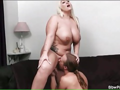Bbw sucks big cock and he fingers her pussy tubes
