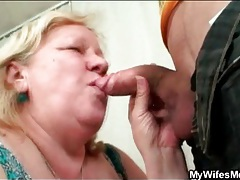 Mature bbw sucks cock after tea tubes