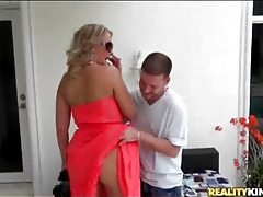 Milf valerie rose grinds in his lap tubes